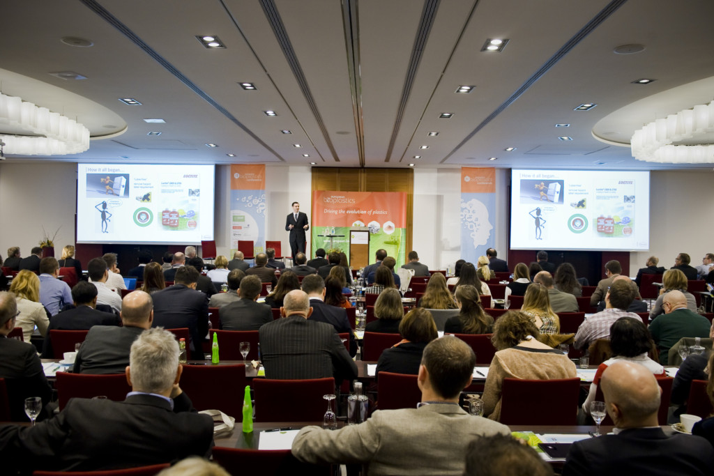 Peter O'Sullivan, Manager Packaging at Henkel, presenting Henkel's sustainable packaging solutions for anaerobic adhesives at the 11th European Bioplastics Conference 2016.