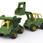 John Deere EcoRigs trucks made from biobased PE (c) BeginAgain, 2017